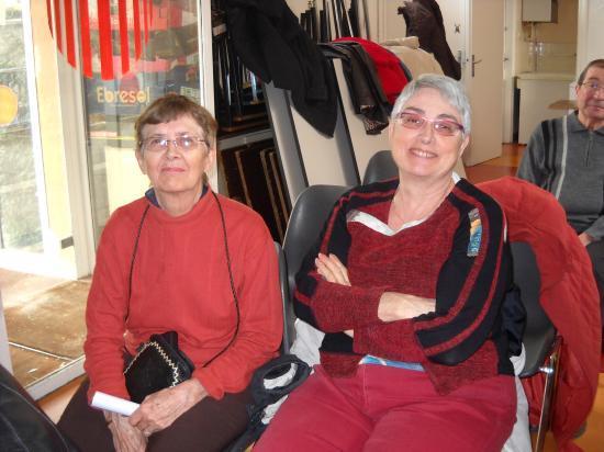 Christiane -à gauche- et Lauriane, sa soeur.