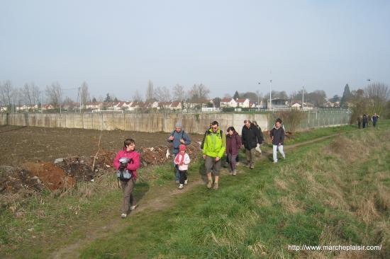 Randonneurs à Beaumont-sur-Oise