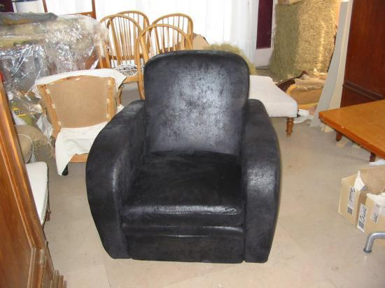 R fection fauteuil club for Reparation canape cuir paris