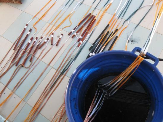 Teinture partielle des fils de chaîne
