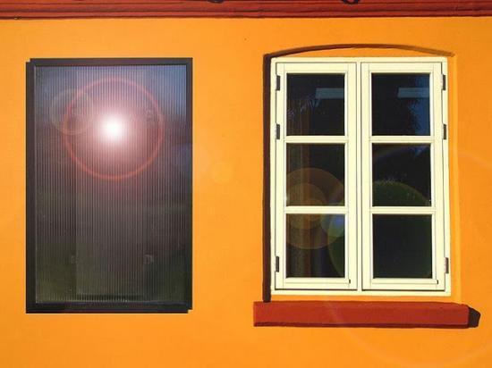 panneau solaire thermique pour compl ment chauffage gratuit. Black Bedroom Furniture Sets. Home Design Ideas