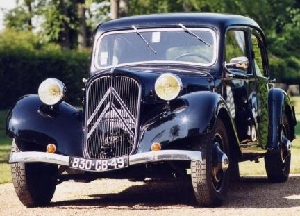 LES AUTOS DE NOS PARENTS Citroen-Traction-430x3101