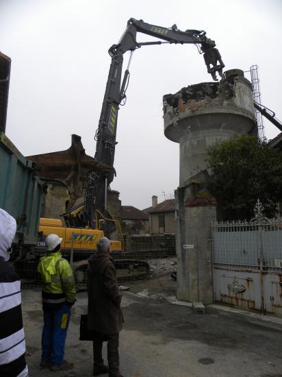 démolition du château d'eau