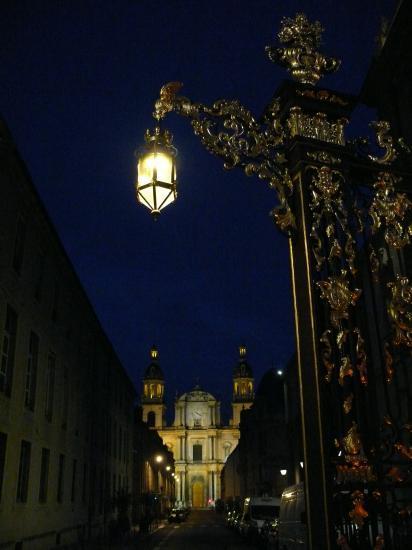 Cathédrale vue de la place Stanislas la nuit