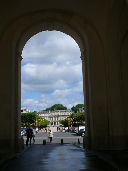 Palais du Gouverneur et place de la carrière