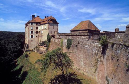 La Petite-Pierre France  City pictures : Le château de La Petite Pierre, siège du Parc Régional des Vosges ...