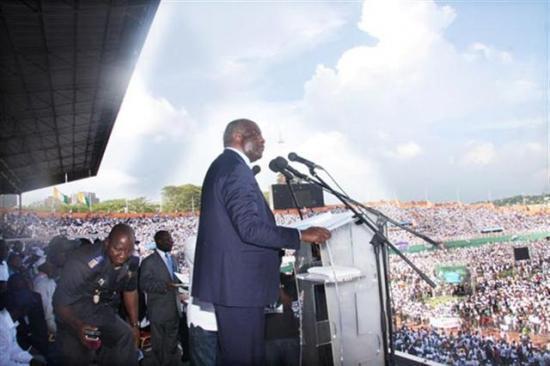 Gbagbo en meeting