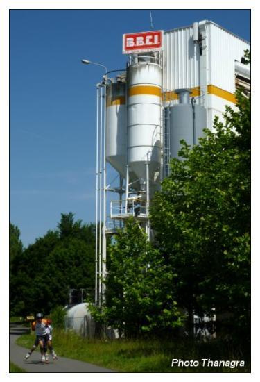 Les silos à ciment.jpeg