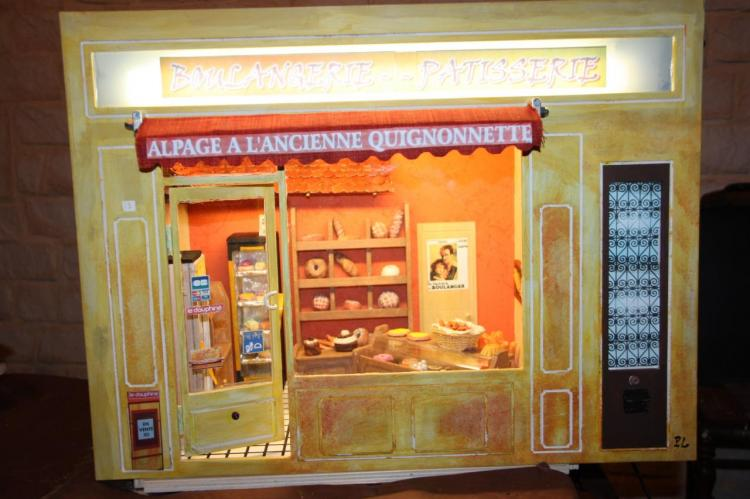une boulangerie en vitrine miniature. Black Bedroom Furniture Sets. Home Design Ideas