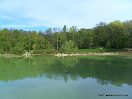 L'Etang Bleu en forêt de Carnelle