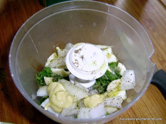 Poulet au barbecue aux herbes ail et oignons for Marinade poulet huile d olive