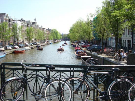 Amsterdam @hellomisterd.com