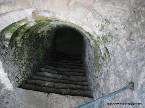 Escalier à main à Chambors