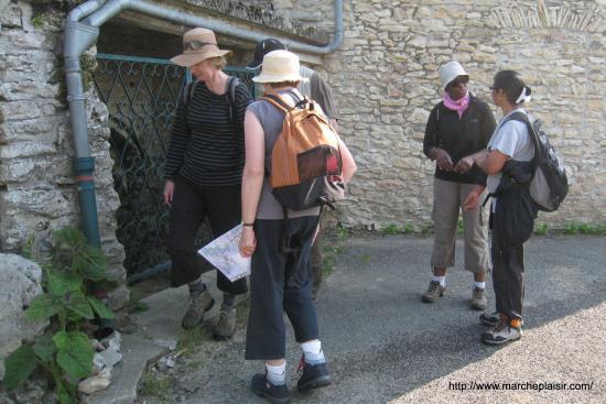 Escalier à mains et cave à Chambors