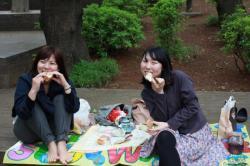 Fromage et pain pour les filles! - Tokyo