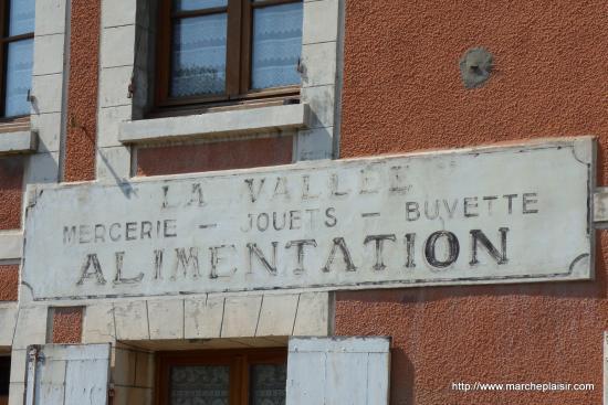 La Vallée - Mercerie- Jouets- Buvette - Alimentation