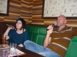 Diane et Dave au karaoke - Nagoya