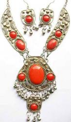 Collier Tribal Ethnique Rouge 14,50 €