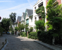 a quaint street of Montmartre