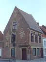 l'ancien presbytère daté de 1664