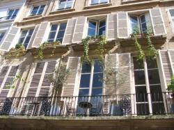 building, Paris, Marais