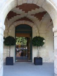 l'Ambroisie, Restaurant