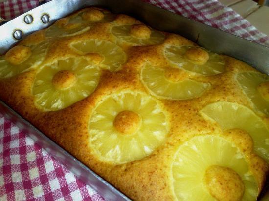 Gâteau sans gluten à l'ananas