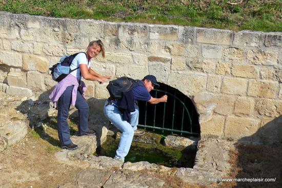 Martine, Bernard à la fontaine