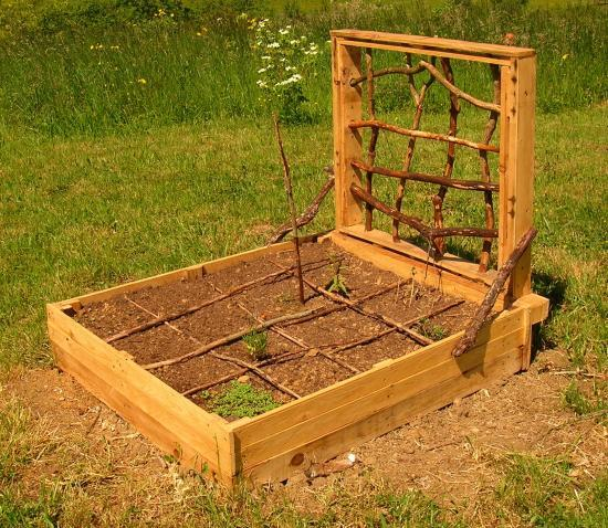 potager en carr palettes recycl es traitement naturel co jardinage. Black Bedroom Furniture Sets. Home Design Ideas