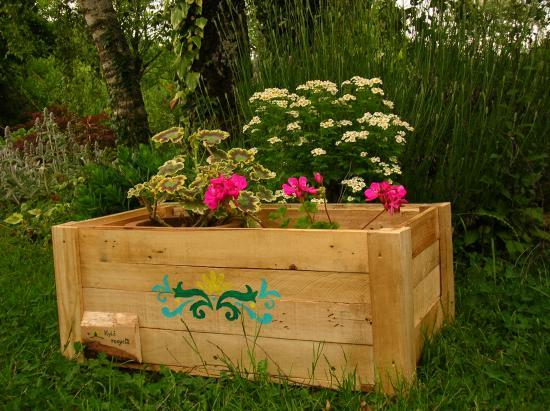 palettes recycl es bois mobilier de jardin nature construction recyclage. Black Bedroom Furniture Sets. Home Design Ideas