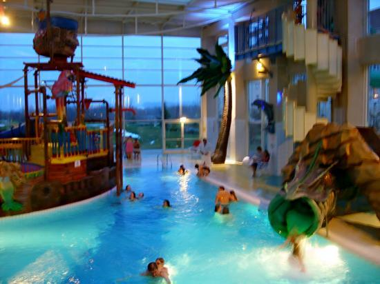 Of algonquin explorers hotel - Explorer hotel paris swimming pool ...
