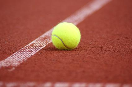 Comment choisir ses balles de tennis for Club de tennis interieur saguenay