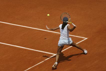Quelle tactique adopter au retour du service adverse for Club de tennis interieur saguenay