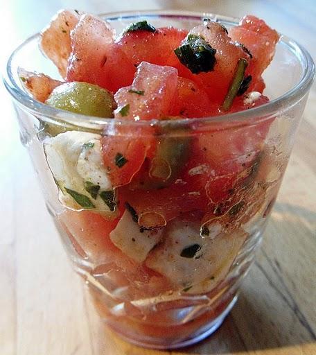 Verrine de tartare de tomates au basilic
