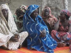 Réunion des femmes Bororo: séance de création du système d'épargne