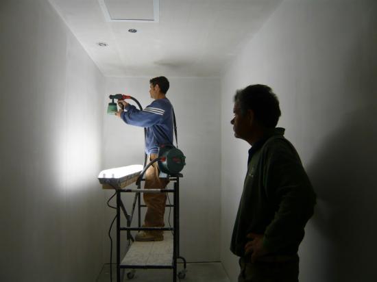 Allez On Se Lance Dans La Peinture Au Pistolet! On Commence Par La Sous  Couche (Peinture Julien)