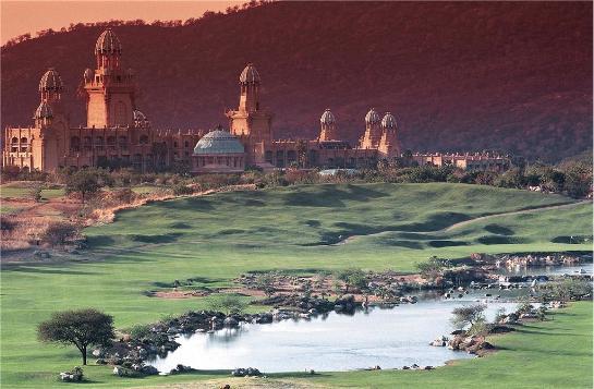 Sun City, le Paradis des Golfeurs en Afrique du Sud