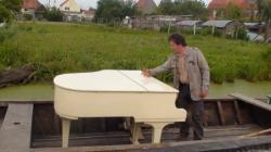 piano dans le bacove