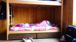 capucine dans son lit