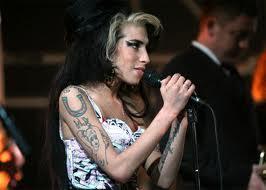 Amy Winehouse musique clip live video décédé