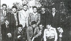 Première équipe de l'ASI en costume du dimanche -07/1949
