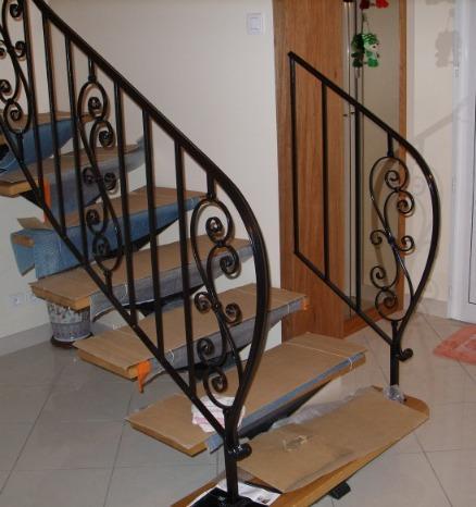 Häufig rampes d'escalier fer forgé sur mesure NZ97