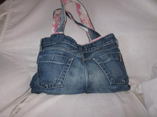 sac a main avec un vieux jean. Black Bedroom Furniture Sets. Home Design Ideas
