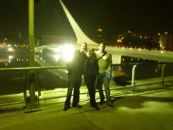 Frederico et nous devant le pont de la Femme!
