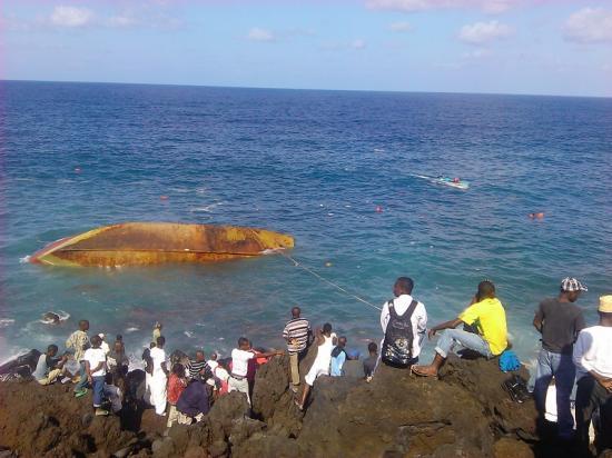 Image du bateau naufragé