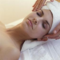 Modelage du visage : naturopathe-toulon