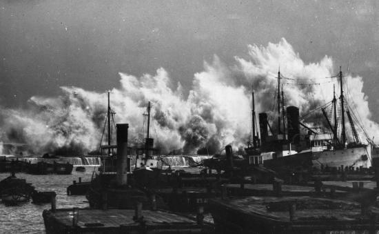 1932 Tempête sur le port d'Alger
