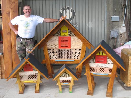 h tel insectes lazure naturelle insectes verger tang du lattloch. Black Bedroom Furniture Sets. Home Design Ideas