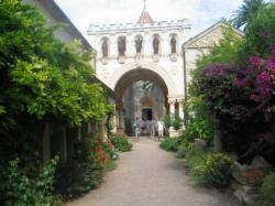 Le monastère de St Honorat (îles de Lérins)