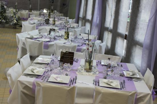 Mauve et gris decoration for Nappe de table carre